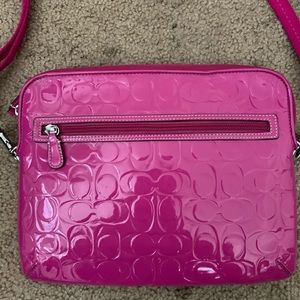 Pink coach laptop purse